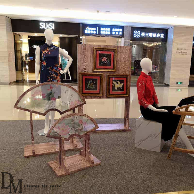 shoe shop display ideas