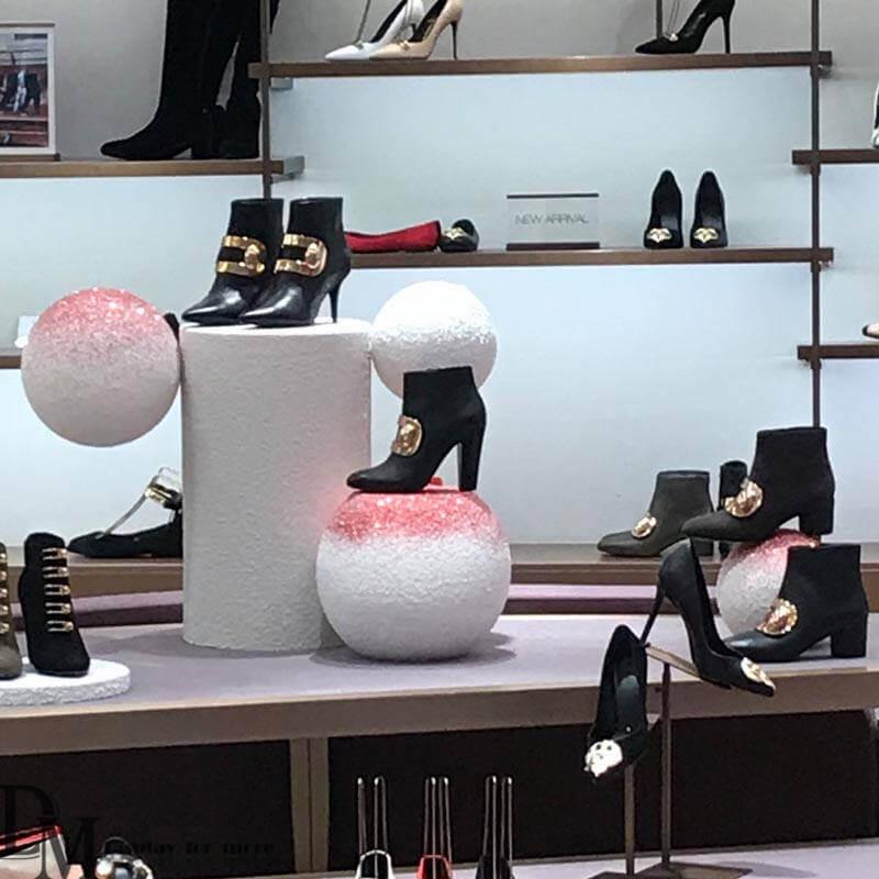 shoe store window display ideas