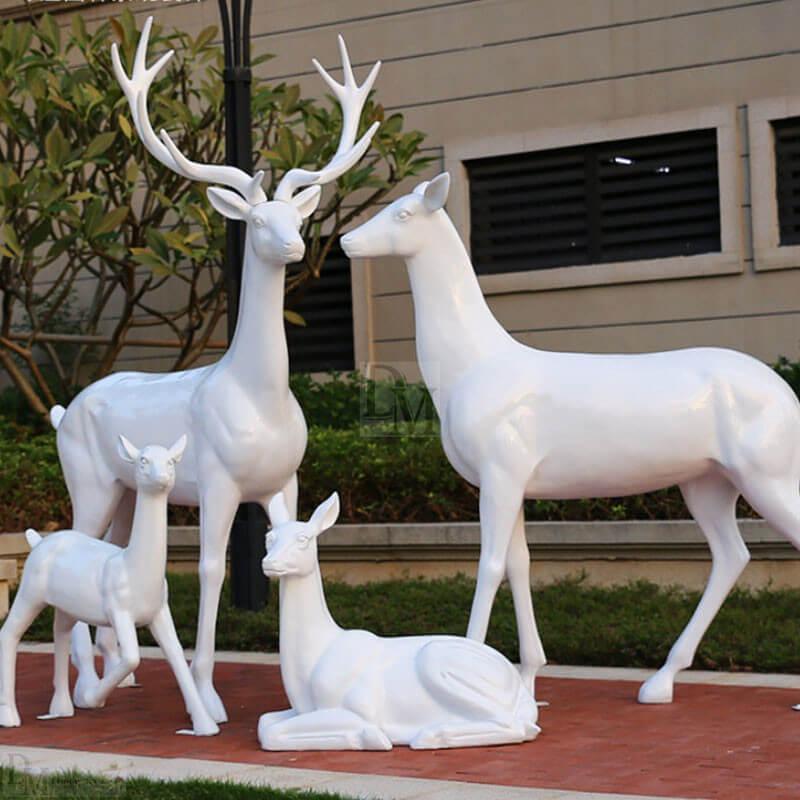 deer statues for yard