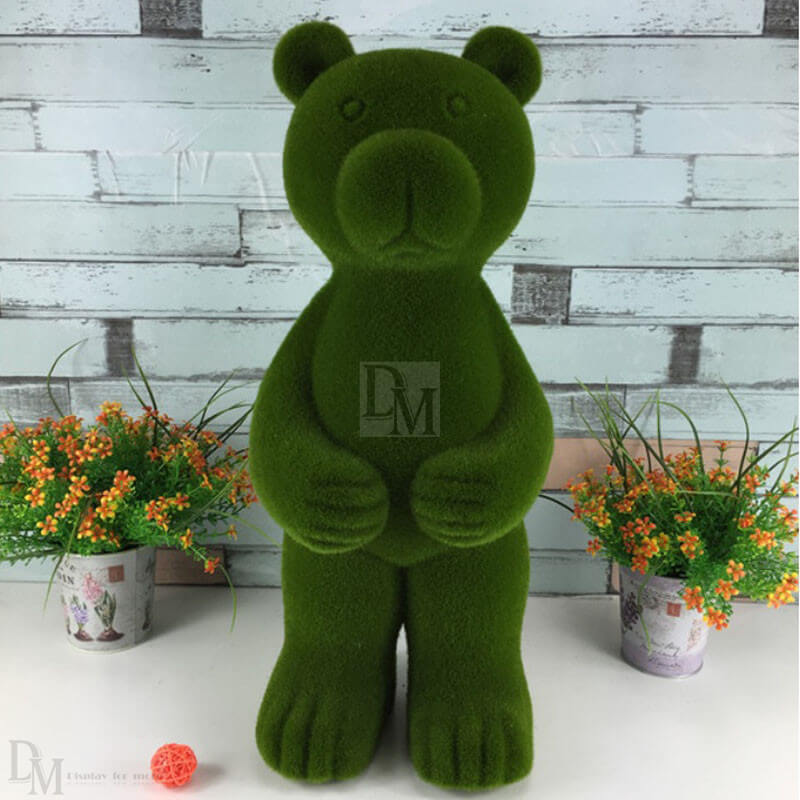 resin bear figurines