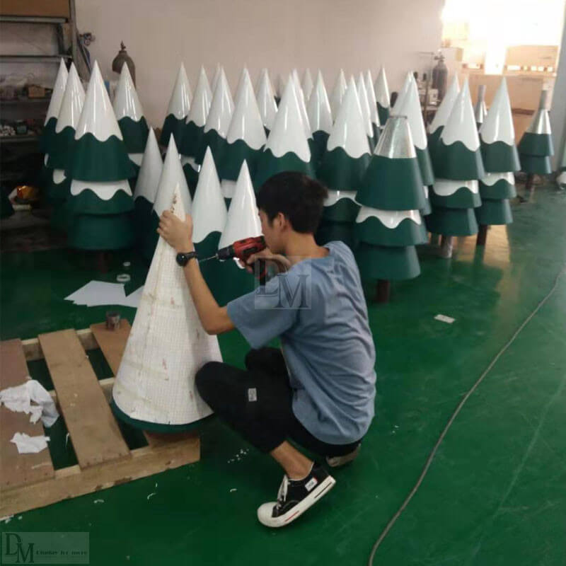 Drilling Christmas Tree Holes