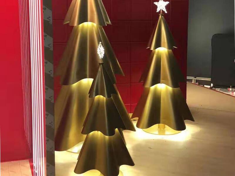 2019 COMMERCIAL CHRISTMAS DECOR