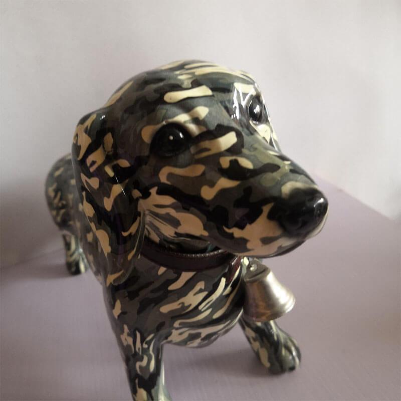 4.dog statue